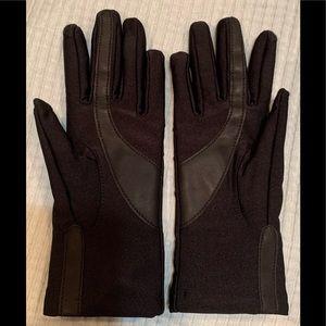 Isotoner SmartDRI Chevron Touchscreen Gloves NWOT